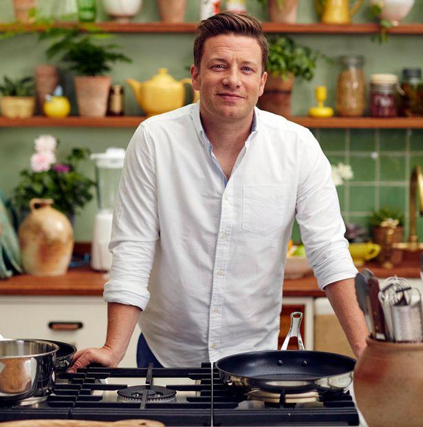 Jamie-Oliver-war-sugar